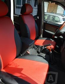 Вариант расцветки и материала авточехлов для Toyota Carina E вариант 1