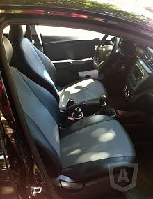 Вариант расцветки и материала авточехлов для Toyota Carina E вариант 5
