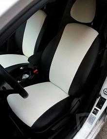 Вариант расцветки и материала авточехлов для Toyota Carina E вариант 6