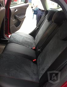Вариант расцветки и материала авточехлов для Toyota Carina E вариант 9
