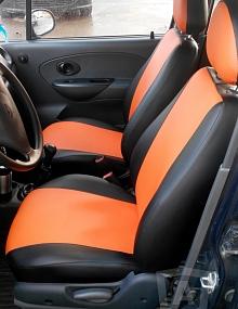 Вариант расцветки и материала авточехлов для Toyota Carina E вариант 10